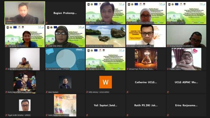 Asosiasi Pemerintah Kota Seluruh Indonesia (Apeksi) bersama UCLG ASPAC menggelar Pelatihan Nasional Kerja Sama Pemerintah Daerah untuk Pembangunan Berkelanjutan II secara virtual zoom, Senin (29/3/2021).