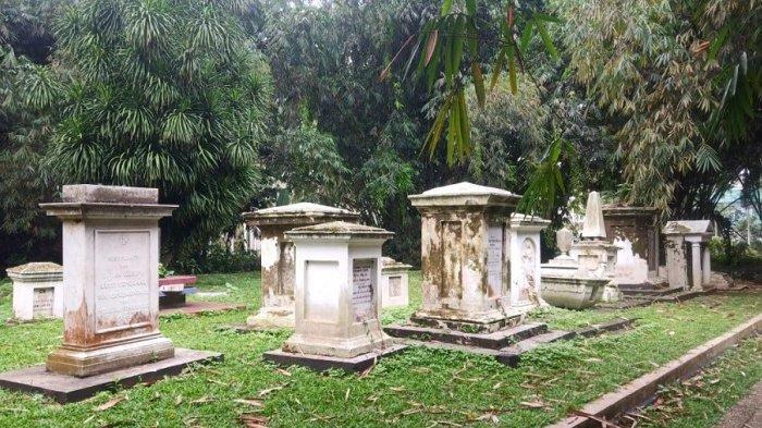 Mengunjungi Pemakaman Belanda di Kebun Raya Bogor, Tersembunyi di Balik Kebun Bambu