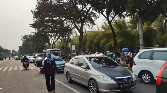 Pemakan BJ Habibie Selesai, Lalu Lintas di Sekitar Taman Makam Pahlawan Kembali Dibuka