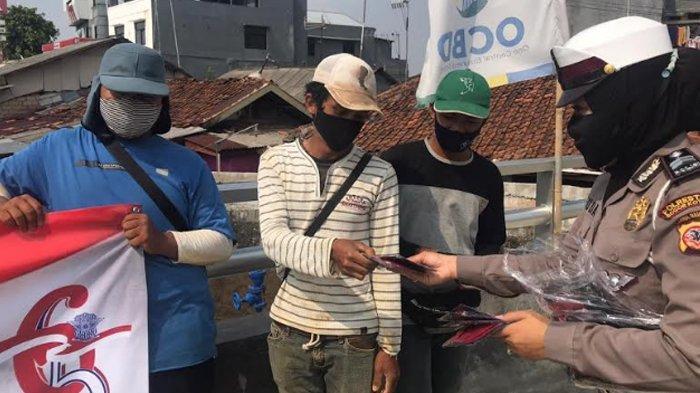 Hari Lalu Lintas Bhayangkara ke-65, Satlantas Polresta Bogor Kota Bagikan Masker ke Warga