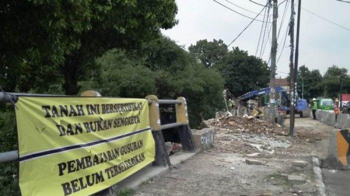 Pembebasan Lahan Proyek Flyover Martadinata Bogor Belum Dibayar, Ahli Waris Pasang Spanduk Protes