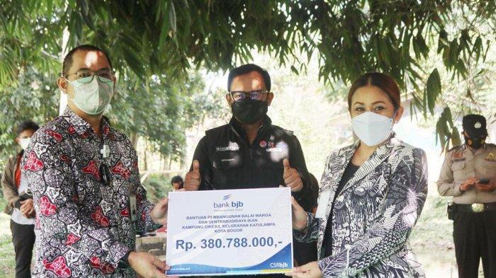 Setelah berhasil meraih Juara I lomba Peningkatan Peranan Wanita Menuju Keluarga Sehat Sejahtera (P2WKSS) kategori Kota tingkat Provinsi Jawa Barat, pembenahan Kampung Cikeas, Kelurahan Katulampa terus dilanjutkan.