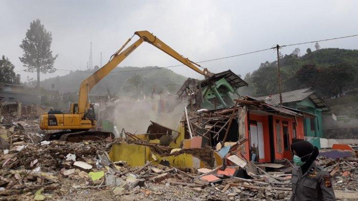 Sebabkan Jakarta Banjir, Vila di Puncak Bakal Dibongkar