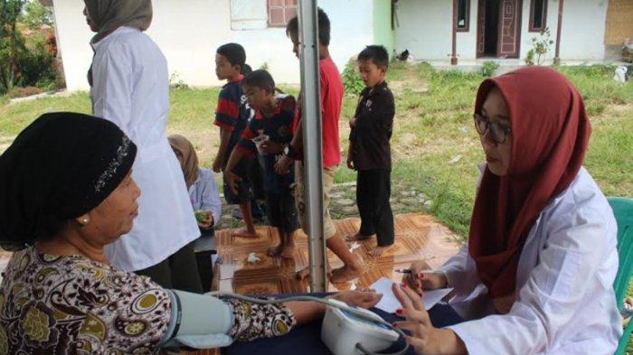 Himpro CREBs IPB Gelar Pemeriksaan Kesehatan, Bayarnya Pakai Sampah
