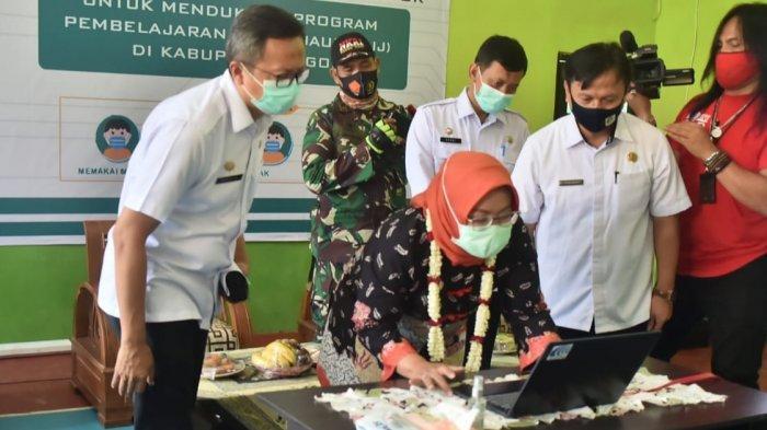 Bantu Siswa Belajar Online, Pemerintah Kabupaten Bogor Sediakan 240 Titik Zona Free Wifi