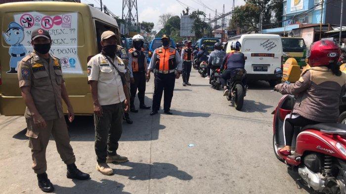 Jumlah Kasus Positif Meningkat, Petugas Gencar Razia Masker di Perbatasan Kota dan Kabupaten Bogor