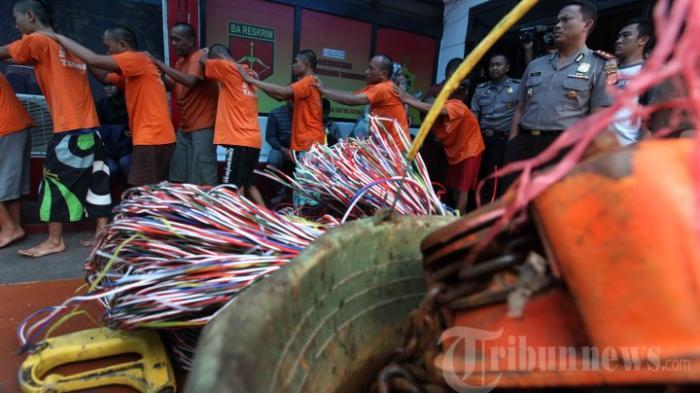 Maling Gagal Bawa Kabur Kabel Listrik 32 Meter, Ngaku ke Polisi Lagi Menunggu Teman