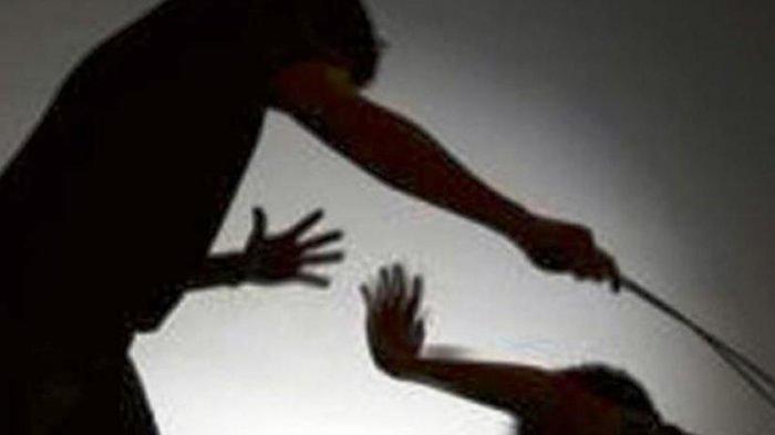 Anak Dengar Ayah Teriak Minta Tolong, Syok Temukan Kedua Orangtuanya Berlumuran Darah di Kamar