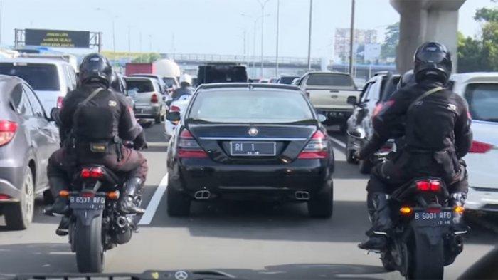 Keren ! Pengamanan Presiden Jokowi di Tengah Kemacetan, Tidak Ada Sirine Petugas Acungkan Jempol