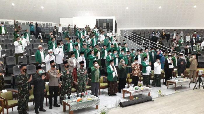 Kukuhkan Pengurus Baru, Ade Yasin Minta PCNU Bantu Cegah Radikalisme Masuk Kabupaten Bogor