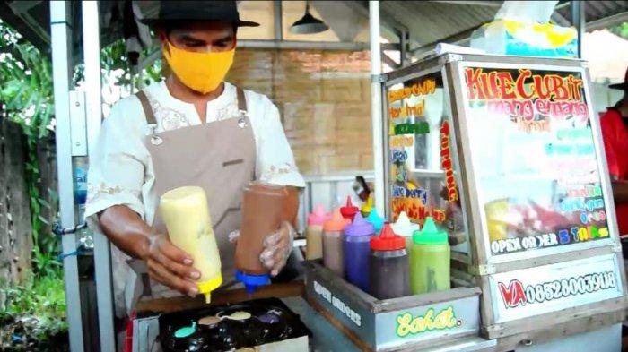 Penjual kue cubit di Bogor.