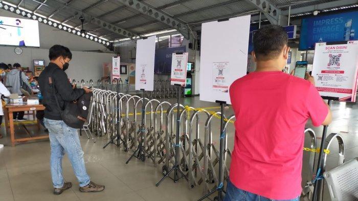 Penumpang di Stasiun Bogor yang Akan Naik KRL Harus Tunjukan Kartu Vaksin