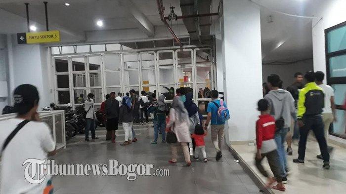 Penutupan Porda Jawa Barat 2018 di Stadion Pakansari, Warga Malah Dibikin Bingung