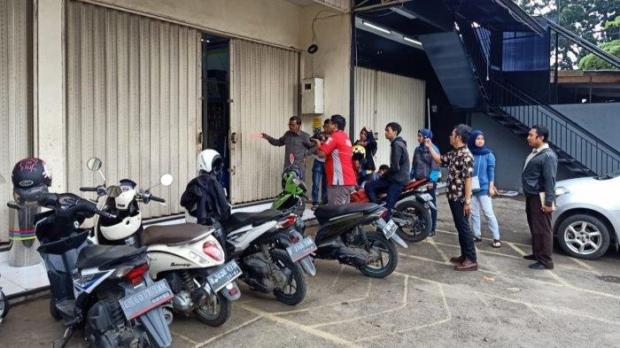 Melanggar Pembatasan Jam Operasional PSBB, Minimarket di Parung Bogor Jadi Sasaran Kawanan Pencuri