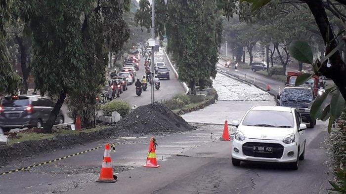 Ada Perbaikan Jalan, Jalan Tegar Beriman Cibinong Kerap Macet