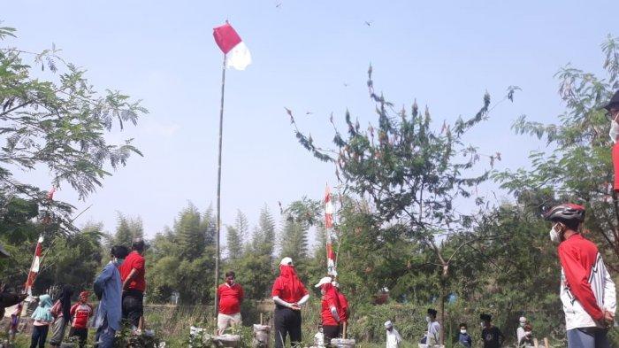 Serba-serbi Peringatan HUT ke-76 RI di Bogor, Dari Konvoi Moge Sampai Kibarkan Merah Putih di Sungai