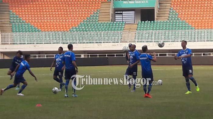 Jelang Menghadapi Madura United, Persib Bandung Dihantui Kutukan