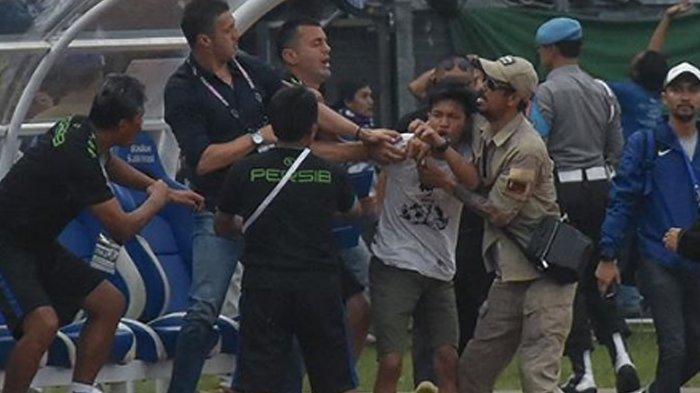 Radovic Didesak Mundur Karena Persib Keluar dari Piala Presiden, Pentolan Bobotoh Anggap Wajar