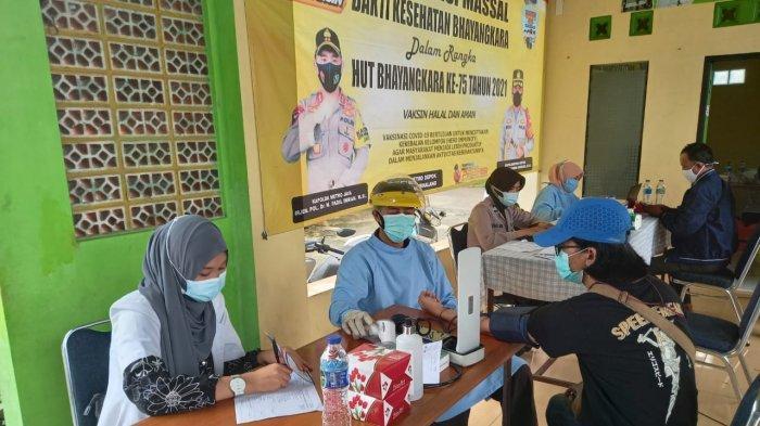 203 Warga Perumahan Pura Tajurhalang Bogor Ikut Vaksinasi Massal Polsek Tajurhalang