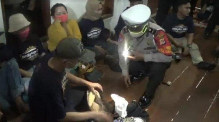 33 Muda-mudi Digerebek Aparat Saat Pesta Miras di Ciampea Bogor, 12 Orang Positif Narkoba