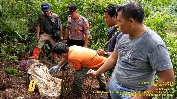 Curhat Pilu Suami Tak Menyangka Istri Ditemukan Tewas Dalam Karung di Hutan, Warga Ungkap Keanehan
