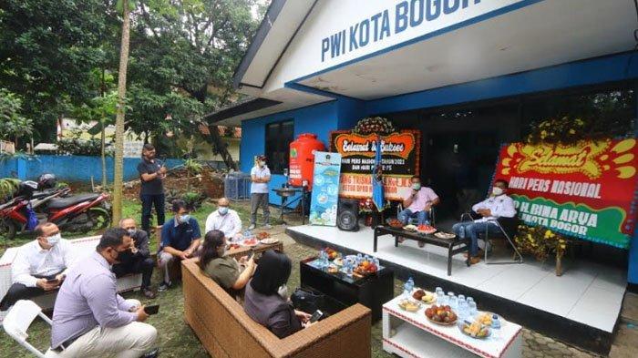 Jalin Silaturahmi, PHRI Kota Bogor Lakukan Kunjungan ke Sekretariat PWI