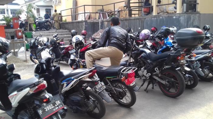 Pakai Motor Dinas, PNS Kota Bogor Masih Saja Telat Nyampe Kantor