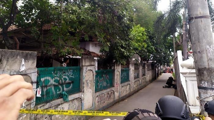 Tas Mencurigakan Bikin Heboh Warga Depok, Tim Penjinak Bom sampai Turun Tangan