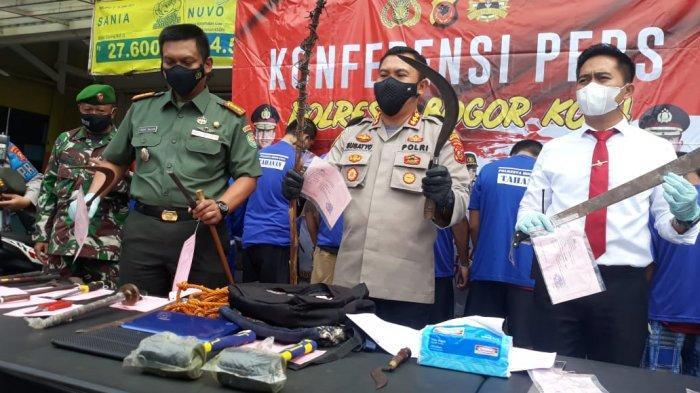 BREAKING NEWS - Polisi Tangkap 17 Orang Pelaku Kejahatan di Bogor
