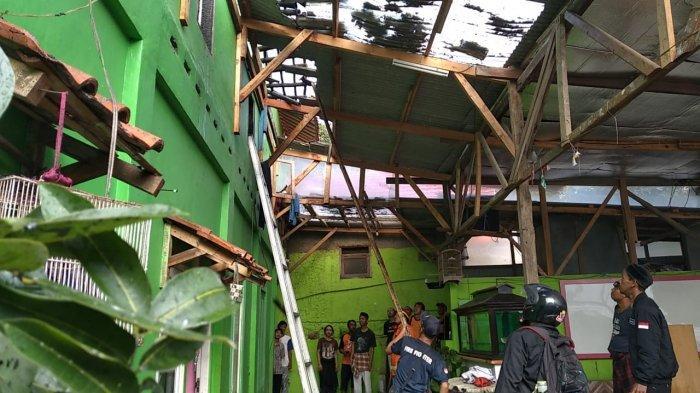 Pesantren di Kota Bogor Kebakaran, Peralatan Belajar hingga Baju Santri Ludes Terbakar