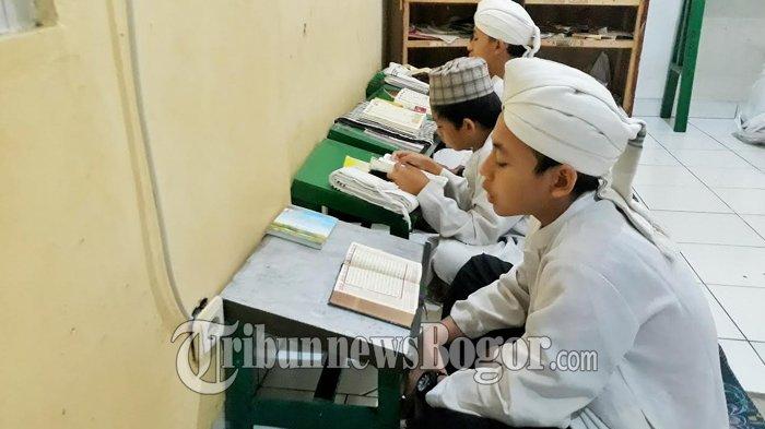 Keutamaan Membaca Surat Al Kahfi Hari Jumat, Ini Bacaan Surat Al Kahfi Ayat 1-10 Beserta Terjemahan