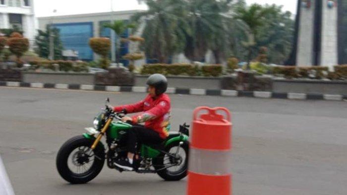 Saat Jokowi dan Kaesang Naik Motor ke Mal Botani Square Bogor, Warga Sempat Tak Menyadarinya