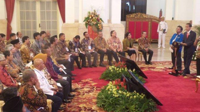 Buka Pidato, Jokowi Minta Pimpinan KPK Pindah Tempat Duduk