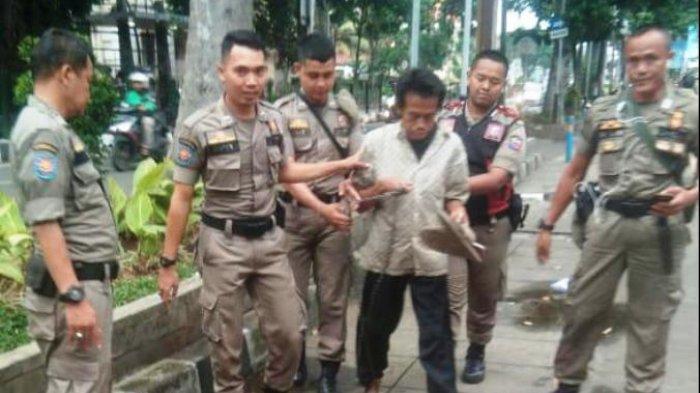 Sempat Terlantar di Kota Bogor, Pemuda Dengan Kaki Terikat Rantai Sudah Kembali ke Keluarganya