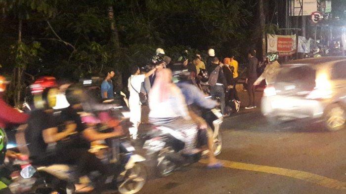 Warga Sebut Pria Diduga Korban Tabrak Lari di Simpang Cikaret Alami Patah Kaki