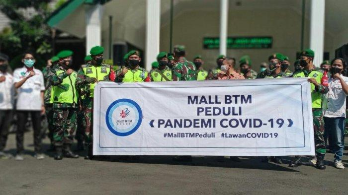 Gandengan Go Babinsa, Mall BTM Kirim Bantuan Paket Sembako untuk Warga Terdampak Covid-19