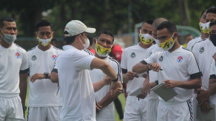 Aditya Putra Dewa Jalani Program Kepelatihan Lisensi C AFC
