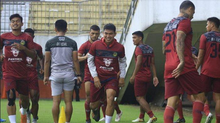 PS Tira Persikabo Bertekad Curi Angka di Markas PSS Sleman
