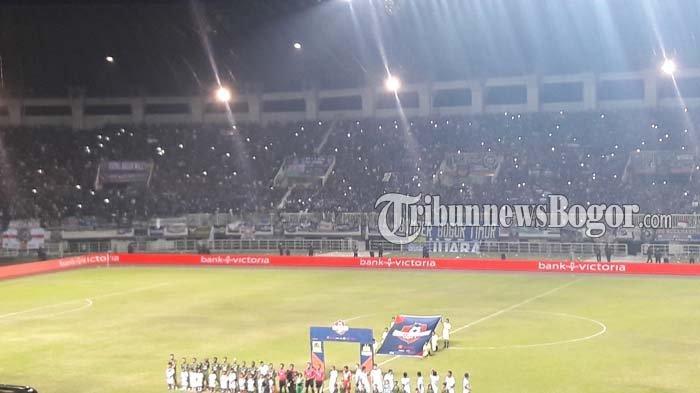 Laga PS Tira Persikabo Kontra Persib Bandung Diawali Mengheningkan Cipta