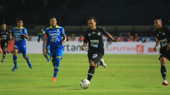 Madura United Vs Persib Bandung - Maung Bandung Kembali Diperkuat 2 Pilarnya, Tuan Rumah Pincang