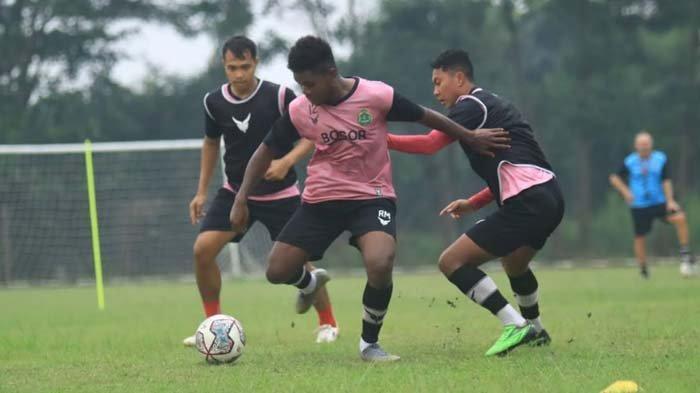 Liga 1 2021 Resmi Ditunda, dr Tirta Berharap Kompetisi Sepak Bola Indonesia Tetap Bergulir