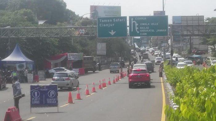 Sejak Pagi, Sejumlah Kendaraan di Luar Pelat F yang Menuju Puncak Diminta Putar Balik di Gadog