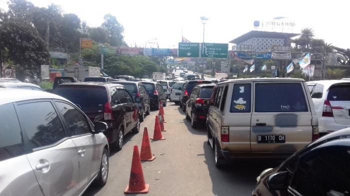 Libur Tahun Baru Islam, Jalur Puncak Bogor Macet 1 Km