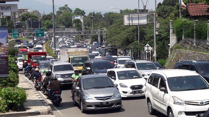 Akhir Pekan, 24 Ribu Kendaraan Serbu Jalur Puncak