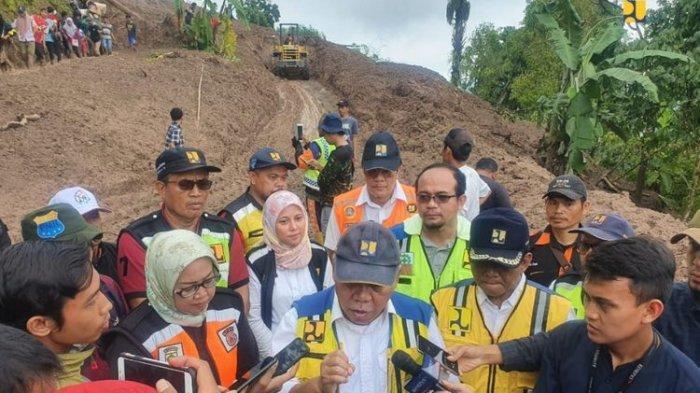 Target Seminggu Buka Akses Jalan Terisolir karena Longsor di Bogor, Menteri PUPR Tambah Alat Berat