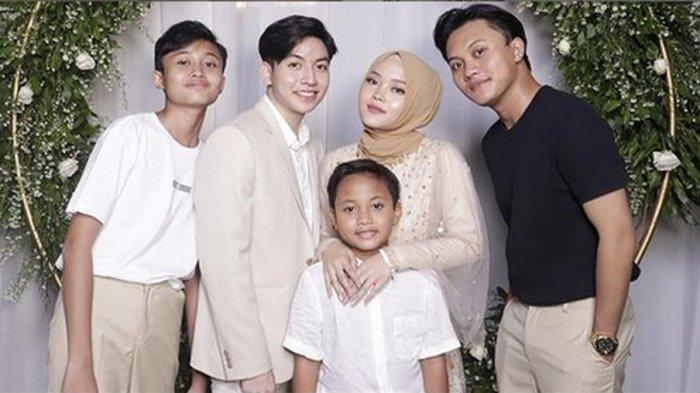 Bocorkan Rencana Pernikahan Putri Delina, Rizky Febian Diledek Raffi Ahmad : Lu Kelewat Ya?