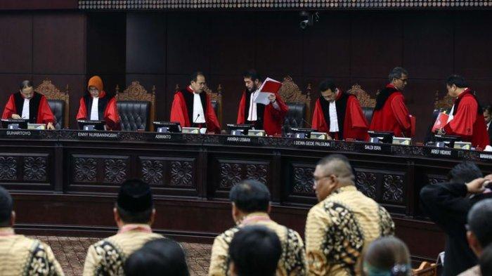 Putusan MK : Menolak Seluruh Gugatan Prabowo-Sandiaga Uno