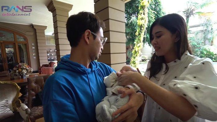 Gendong Zayn, Raffi Ahmad Justru Bikin Syahnaz Sadiqah Menggerutu Setelah Tanya Ini: Astaghfirullah