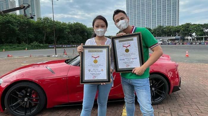 Raffi Ahmad dan Irene Sukandar Pecahkan Rekor MURI, Main Catur dalam Mobil Drifting