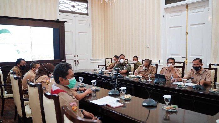 Rapat Koordinasi (Rakor) Menara Telekomunikasi di Paseban Narayana, Balai Kota Bogor, Senin (14/6/2021).